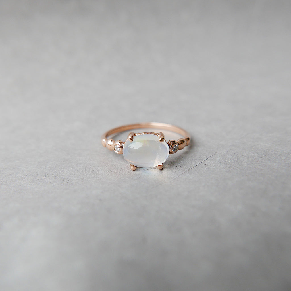 Ellipsis Oval Moonstone Ring