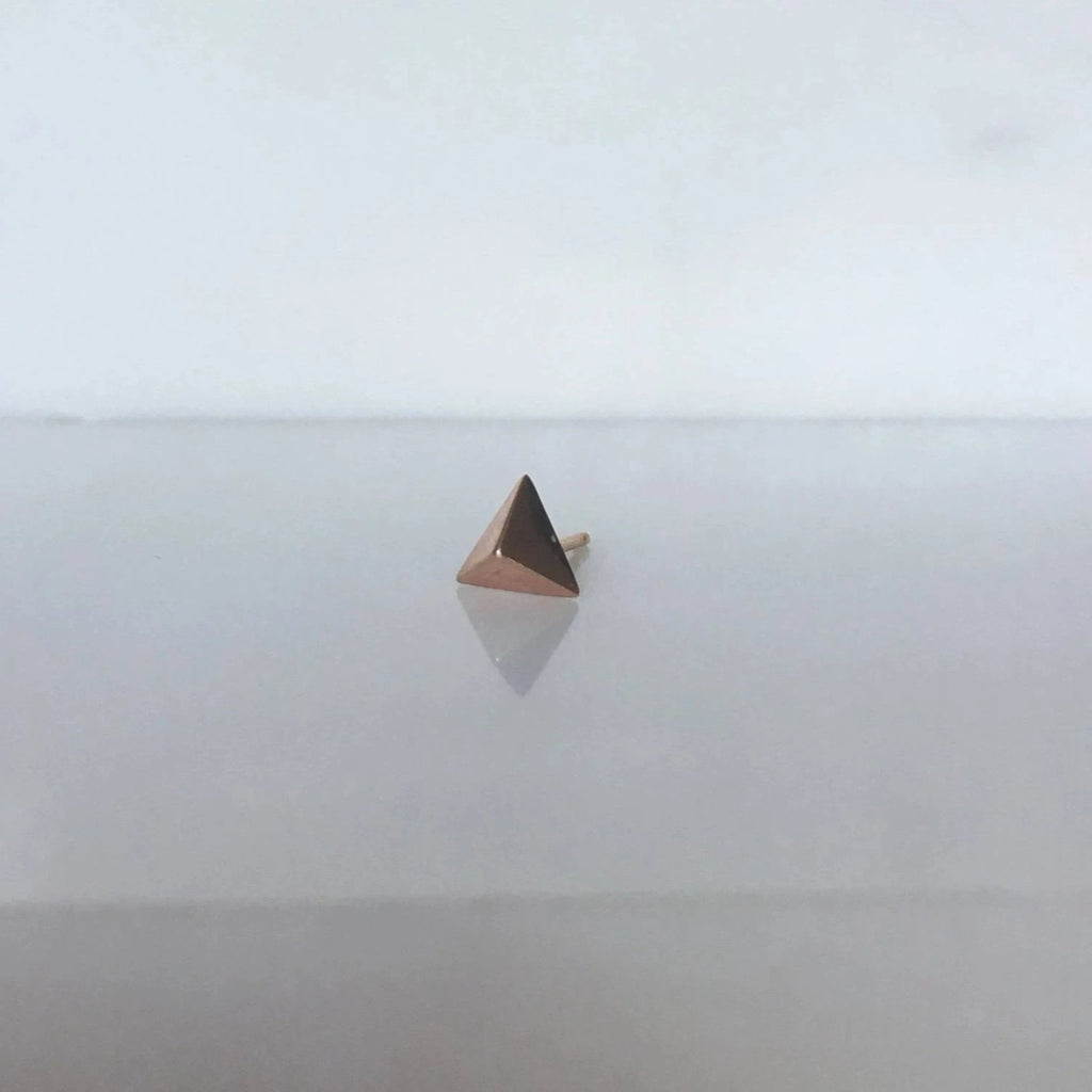Pyramid stud earring, 14k single triangle stud, geometric gold stud, 14k modern stud, triangle earring, gold triangle stud