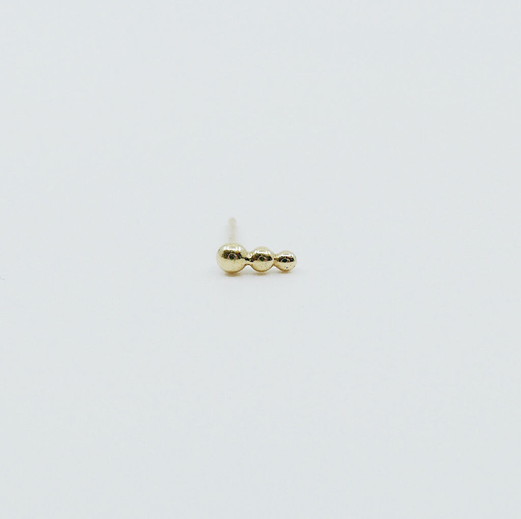Ellipsis stud earring, ellipses, three dot earring, beaded bar earring, gold three circle earring, minimalist stud, everyday earring