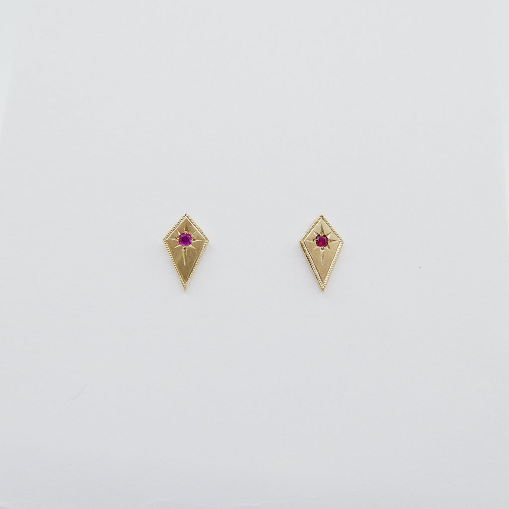 14k Diamond shape earrings, Modern kite earrings with Ruby, kite earrings, gold and ruby diamond earrings, ruby earrings, diamond shaped