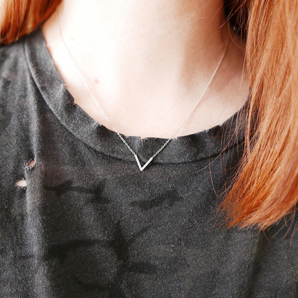 chevron necklace, v necklace, silver geometric necklace, minimalist necklace
