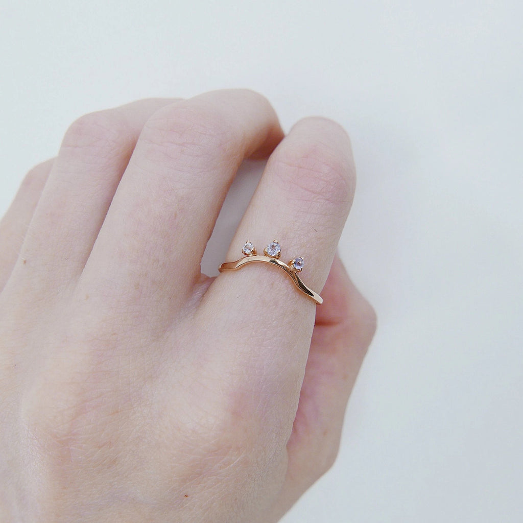 Scattered Tanzanite Nesting Ring, 14k gold arc ring, delicate dainty thin ring, thin band, stacking ring, wedding band, rose gold ring
