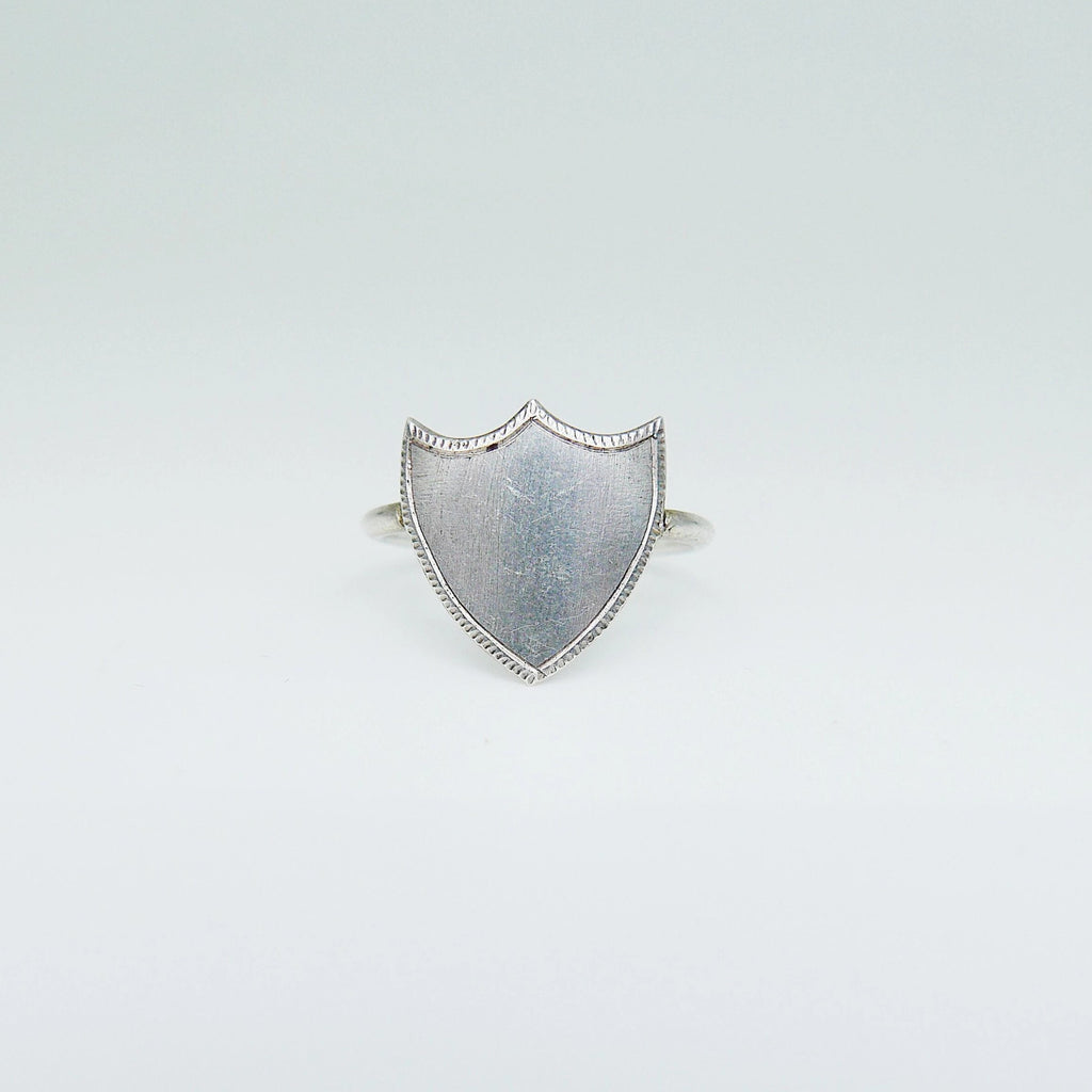 Sterling Silver Shield Ring, Silver Shield Ring, Monogramed ring, Shield ring, statement ring, Crest ring, personalized plate ring