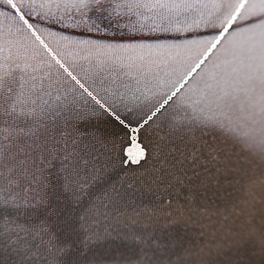 Good luck charm necklace, mini 14k clover necklace, gold 4 leaf clover necklace, dainty leaf necklace