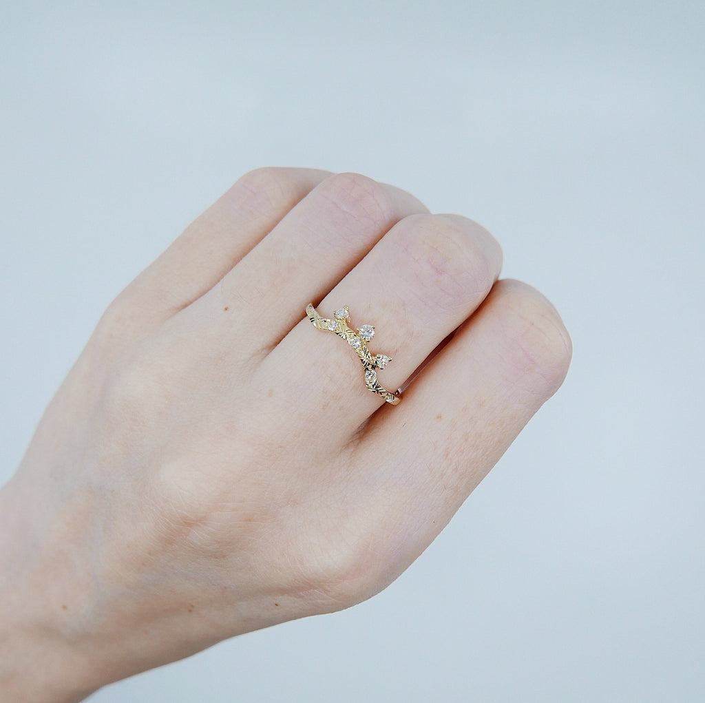 Scattered Diamond Arc Deluxe Ring, 14k gold arc ring, delicate dainty thin ring, stacking ring, wedding band, rose gold ring, diamond band