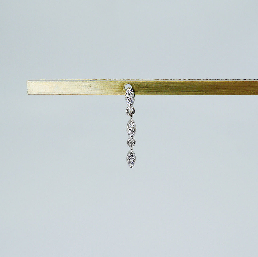 Deja Vu Triple Drop Diamond Earring, Diamond Earring, Triple Drop Diamond Earring, 14k Gold Diamond Earring, Dainty Diamond Earring