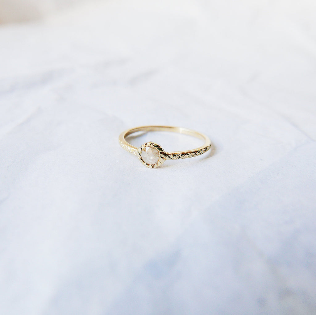 Twist Rustic Diamond Ring, gold bezel ring, bezel stone ring, 14k gold gray diamond ring, gold twist band, hand engraved band