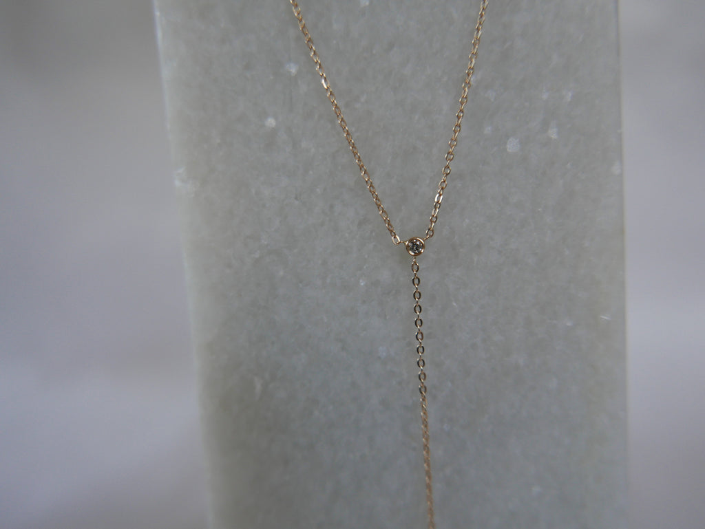 14k gold delicate heart detailed lariat necklace, delicate necklace, heart charm lariat necklace, gold and diamond lariat necklace