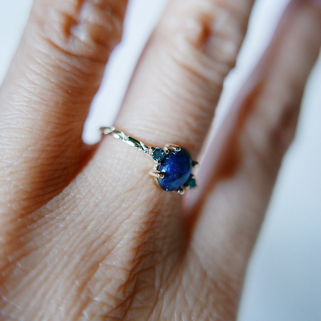 Nebula Blue Sapphire Oval Ring, OOAK, blue diamond ring, one of a kind, unique engagement ring, blue three stone hand engraved ring