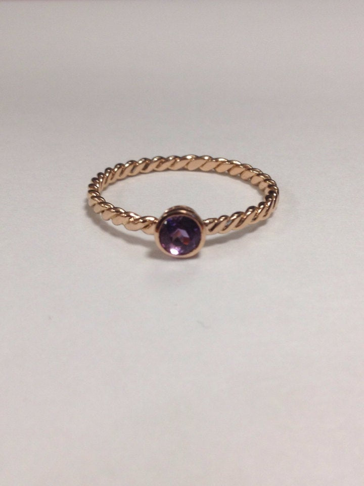 SALE! 18K Rose Gold Amethyst bezel Ring, Amethyst solitaire stacking gold twist ring, 18k Amethyst Rose Gold Ring