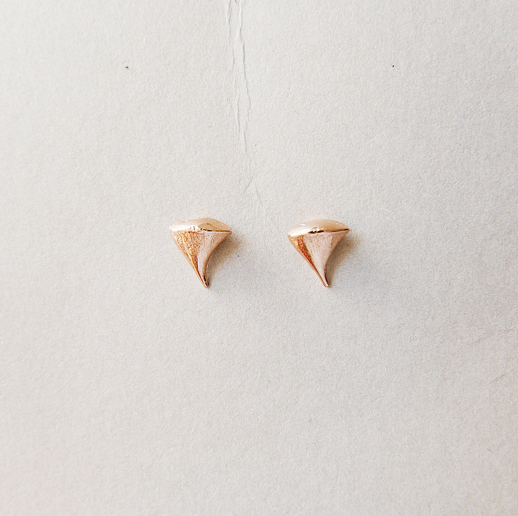 Rose Thorn Earring