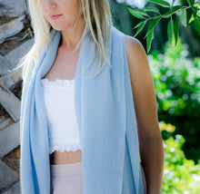 Load image into Gallery viewer, Cashmere woven shawl wrap