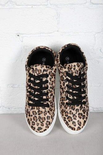 Betty Basics Tripper Sneaker