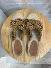 Load image into Gallery viewer, Leopard Espadrille Slide