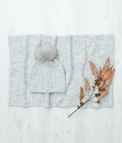 Light Grey Scarf and Beanie Set
