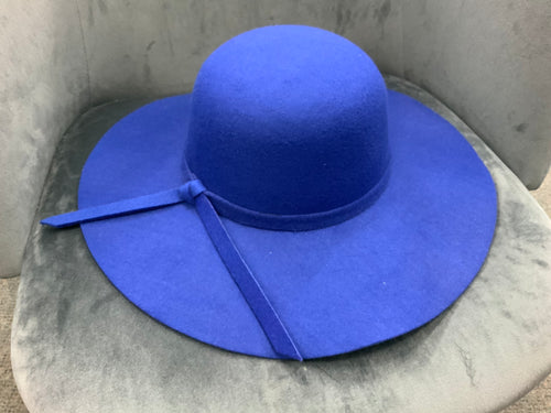 Royal blue - Felt hat