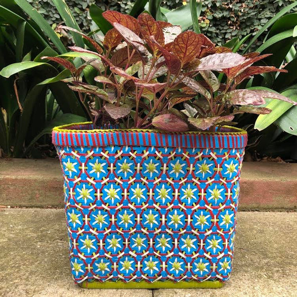Passionfruit planter - large blue pear