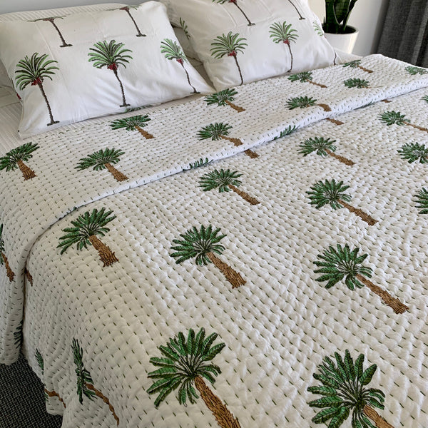The Mughal Empire  - green palm tree reversible padded cotton quilt - one size