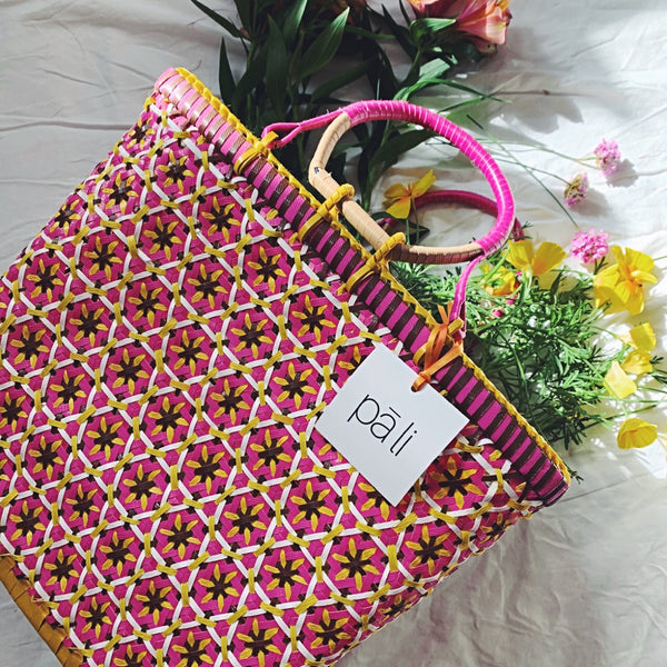 Passionfruit medium pali basket yellow pink