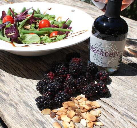 Salad with blackberry balsamic