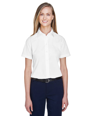 Devon & Jones Ladies' Crown Woven Collection™ Solid Broadcloth Short-Sleeve Shirt - D620SW