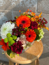 Load image into Gallery viewer, Fall Flower Market Table Arrangement