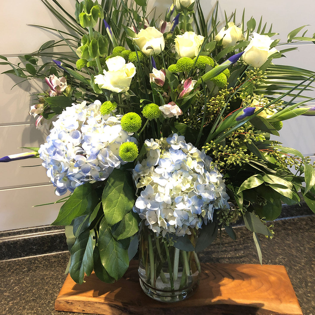 $125 Designer's Choice Arrangement