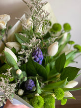 Load image into Gallery viewer, $60 Designer's Choice Bouquet