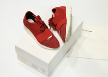 Load image into Gallery viewer, Balenciaga Race Runner EU:36 (Lightly Used) WMNS