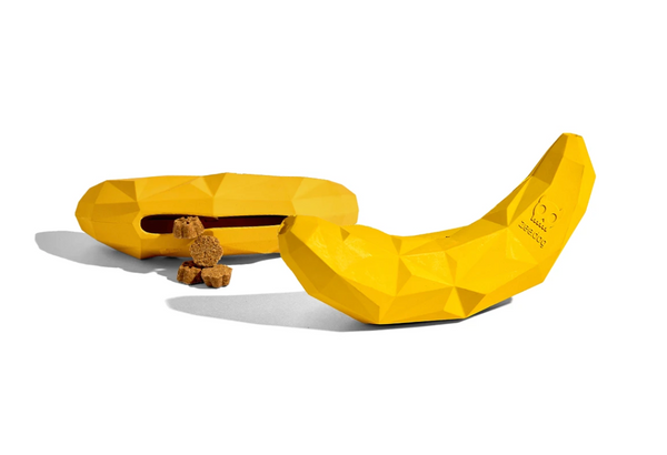 Zee.dog Super Banana Toy