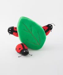 Zippypaws Burrow - Ladybugs in Leaf