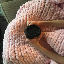 Load image into Gallery viewer, Chunky Knit Throw Chenille Blanket