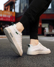 Solid Round-toe Flat Lace-up Sneakers