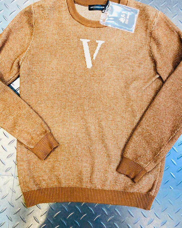V Print Long Sleeve Loose Sweater