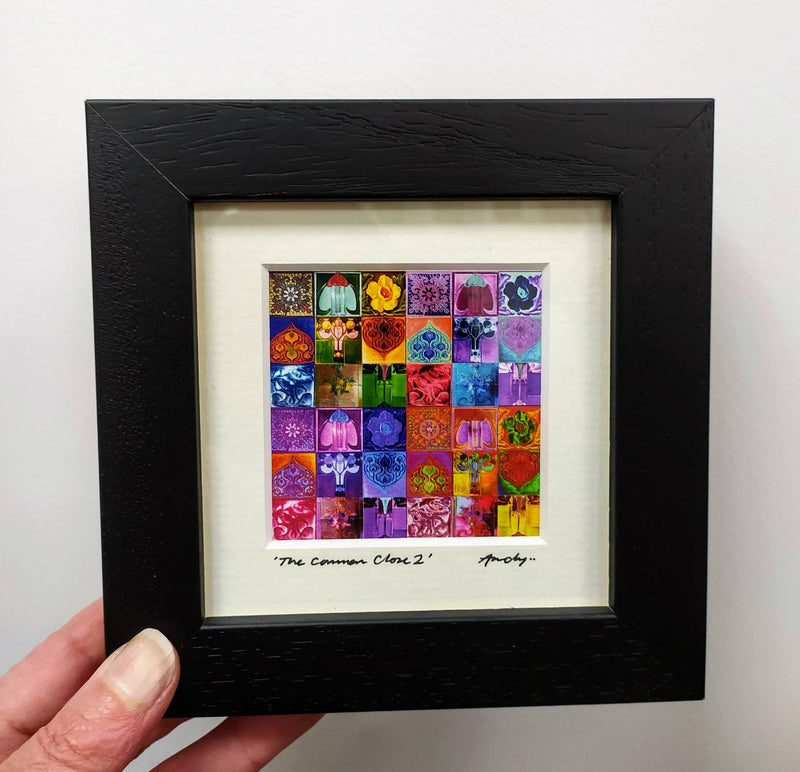 Mini framed print – The Common Close 2