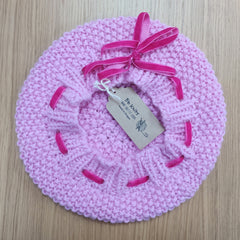 Hand knitted beret with ribbon - pink