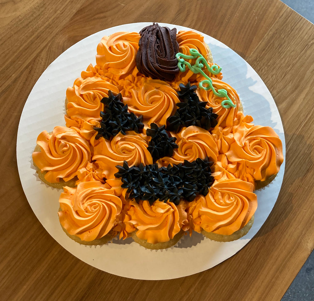 Halloween Pumpkin Pull Apart Cake (48 Hour Notice Required)