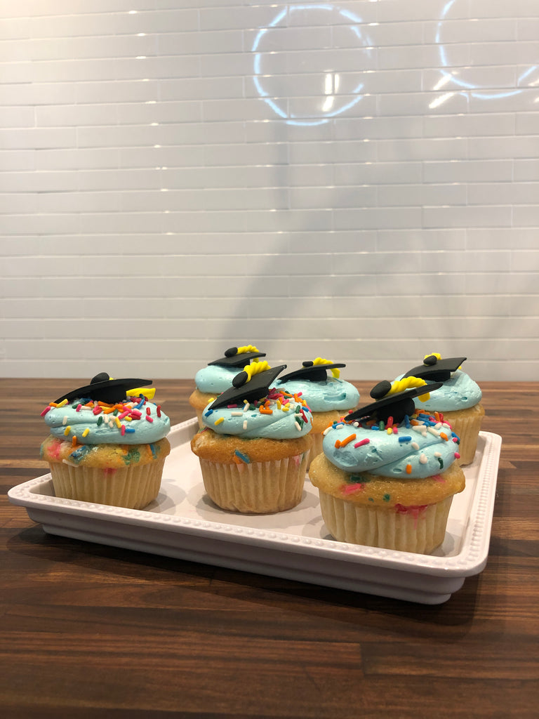 Graduation Cap Cupcakes (24 hours notice required)
