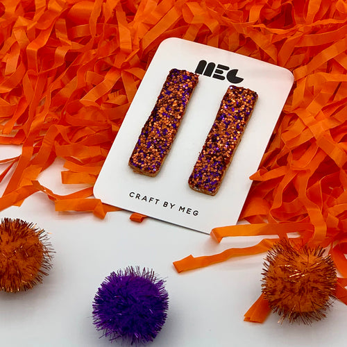 CLEMSON GLITTER BAR STUD CLAY EARRINGS