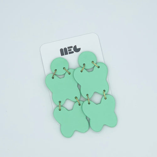 KACEY GREEN DOUBLBUTTERFLY CLAY EARRINGS