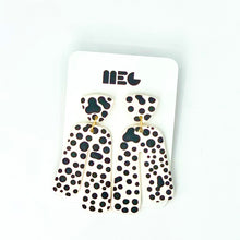 Load image into Gallery viewer, IRREGULAR DOT BABY SARAH EARRINGS