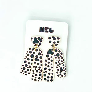 IRREGULAR DOT BABY SARAH EARRINGS