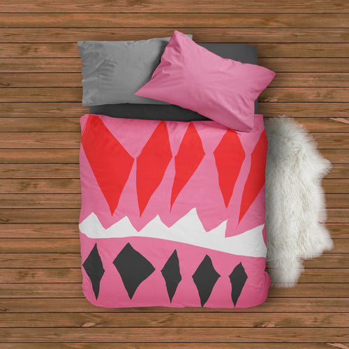 Pink and red Duvet Cover