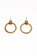 Load image into Gallery viewer, Simple Grip earrings - Ella zubrowska Jewellery