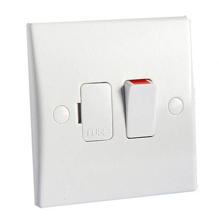GU5010 Ultimate white moulded 13A switched fused connection unit