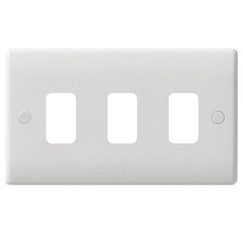 GUG03G Ultimate grid white moulded 3 gang flush plate (c/w mounting frame)