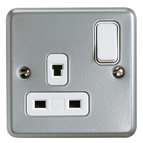 K1247ALM - 13A 1 Gang Double Pole Non-Standard Clean Earth Switch Socket Outlet - Metallic