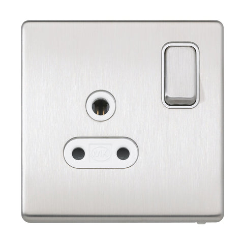 MK K24382BSSW - 1 Gang Dp 5A Shuttered Switched Socket