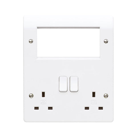 MK Electric K2741WHI Logic Plus 2 Gang DP 13A Combination Plate + 4x Euro Aperture