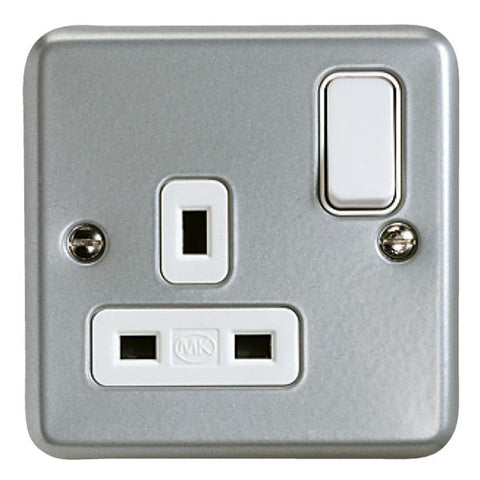K2977ALM - 13A 1 Gang Double Pole Switch Socket Outlet - Metallic